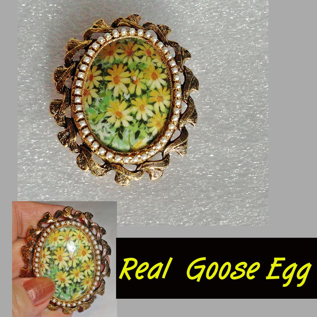 Daisy Goose Egg Domed Brooch Pendant with Faux Pearls