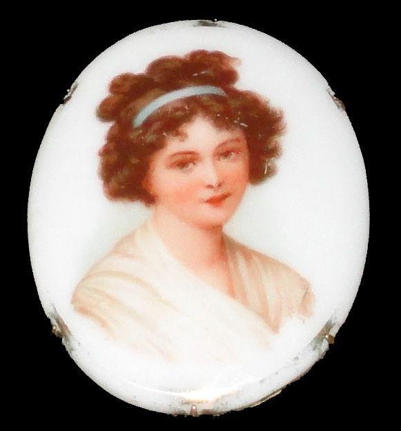 Victorian Porcelain Lady Portrait Brooch C 1890 -1910