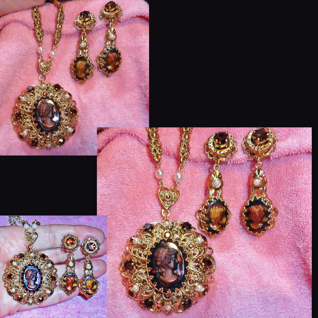 Glass Cameo Pendant Necklace Dangle Earrings Set West Germany Demi Parure