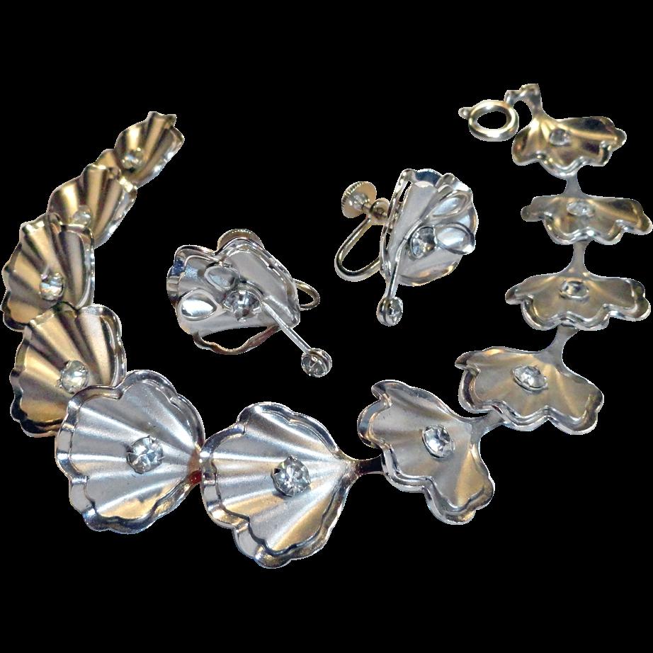 Bugbee & Niles Rhinestone Clam Shell Bracelet Earrings Set Signed