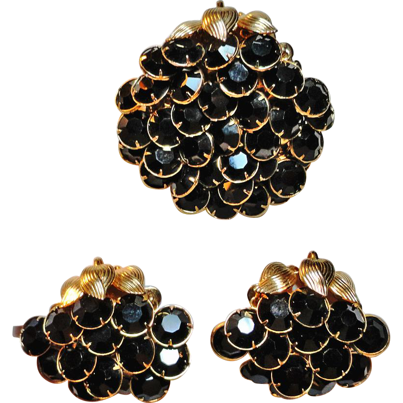 Black Rhinestone Bezel Set Articulated Brooch Earrings Set