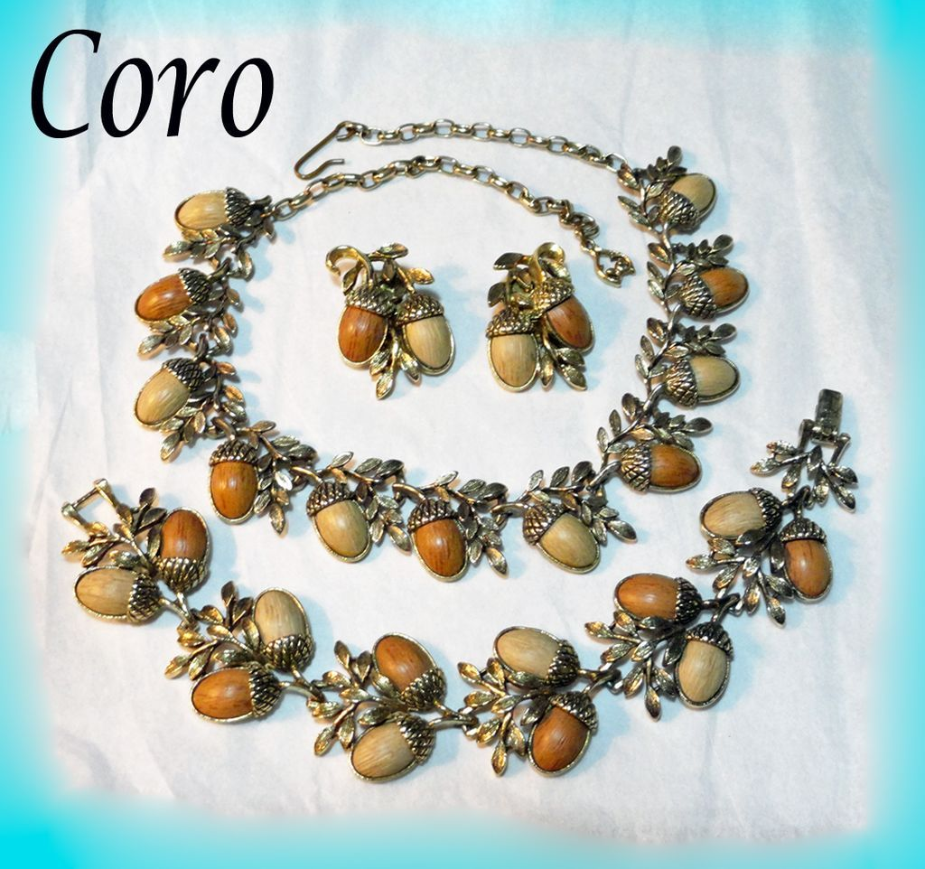 Coro Acorn Necklace Bracelet Earrings Parure