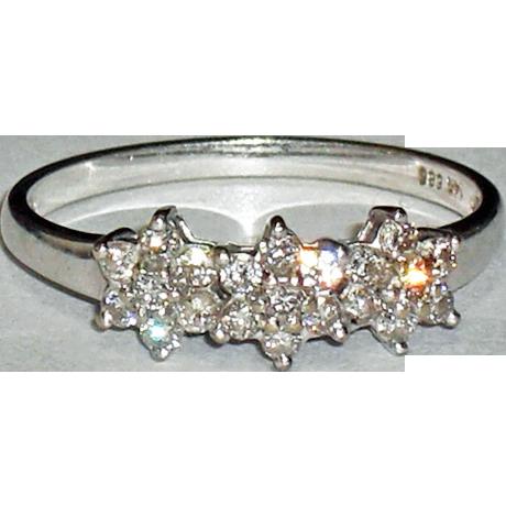 14K White Gold Diamond Engagement Ring  Size 7