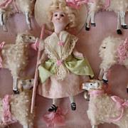 Mignonette doll sheep dog presentation box 1900's Marie Antoinette
