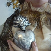 Adorable silver metal French ex voto flaming sacred heart 1880