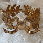 Delicious antique French gilded laurel and oak leaf wreath crown  1907 presentation box