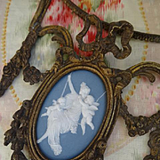French  gilt bronze bracket jasperware Neo-classical  medallion cherubs : bed coronet 1900