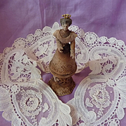 Exquisite 19th C. Brussels mixed lace ecru collar Duchesse and point de Gaze rose motifs