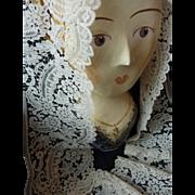 Exquisite flounce wide 19th century fine ecru Brussels Duchesse bobbin lace dentelle 66 inches ( No. 1 )