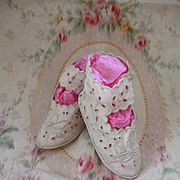 Adorable pair hand made French baby : young child fabric shoes : boots : circa 1900's bows