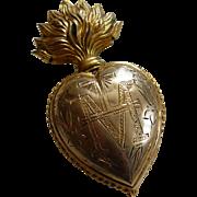 Delicious plump faded grandeur flaming sacred heart ex voto box : Maria circa 1880