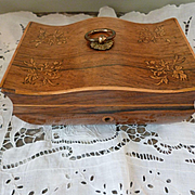 Pretty antique French inlaid wooden jewelry box : Charles X