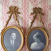 Delicious boudoir gilded wooden photo : picture frames  : ribbon bow pediments : circa 1920's