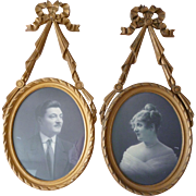 Delicious boudoir gilded wooden photo : picture frames  : ribbon bow pediments : circa 1920's