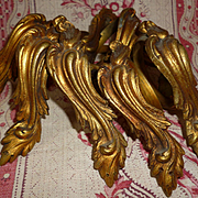 Delicious batch antique French ormolu curtain rings : acanthus leaf motifs ( 9 )