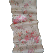 Delicious 19th C. French wide silk taffeta ribbons : floral motifs : 4 morceaux