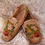 Delightful pr 19th C. young girls needlepoint slippers : shoes : Circa 1820 : rose motifs