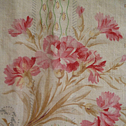 Delicious morceau 19th C. French cream cotton fabric : floral bouquets and garlands.....projects !
