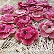 Batch vintage French small millinery pink flowers : doll clothing or hat projects ( 15 )