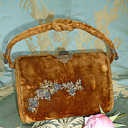 Darling antique French small old gold velvet sewing etui : necessaire : bag : floral embellishments