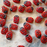 Adorable old French tiny ladybird beads : attic find : perfect for doll projects  ( 30 beads )