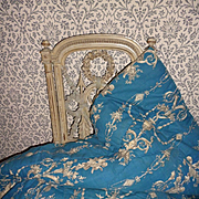 Charming antique French hand made blue quilt : courtepointe : cherub motifs
