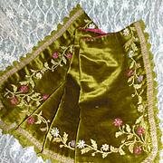 Pretty 19th C. French moss green velvet cantonniere : pelmet : ribbon work flowers & foliage