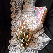 Exquisite flounce 19th C. hand applied Brussels net lace : scallop edge : floral motifs : + 5 yards
