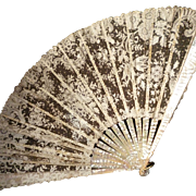 Exquisite 19th C. French mother of pearl fan : Brussels lace : floral motifs