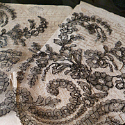 Splendid flounce French 19th C. black Chantilly lace : scallop edge : floral motifs : 154 inches long