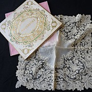 Exquisite antique gossamer Brussels point de gaze lace handkerchief