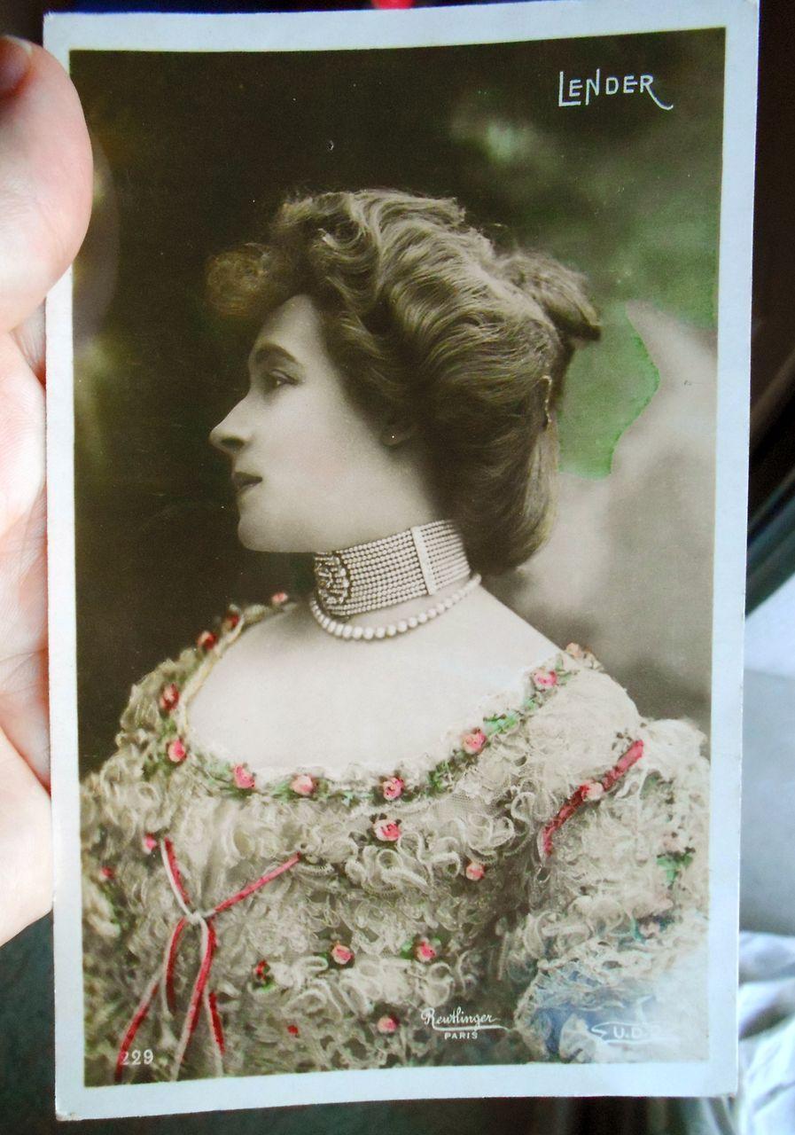 Reutlinger real photo MARCELLE LENDER in Lace Gown 1911