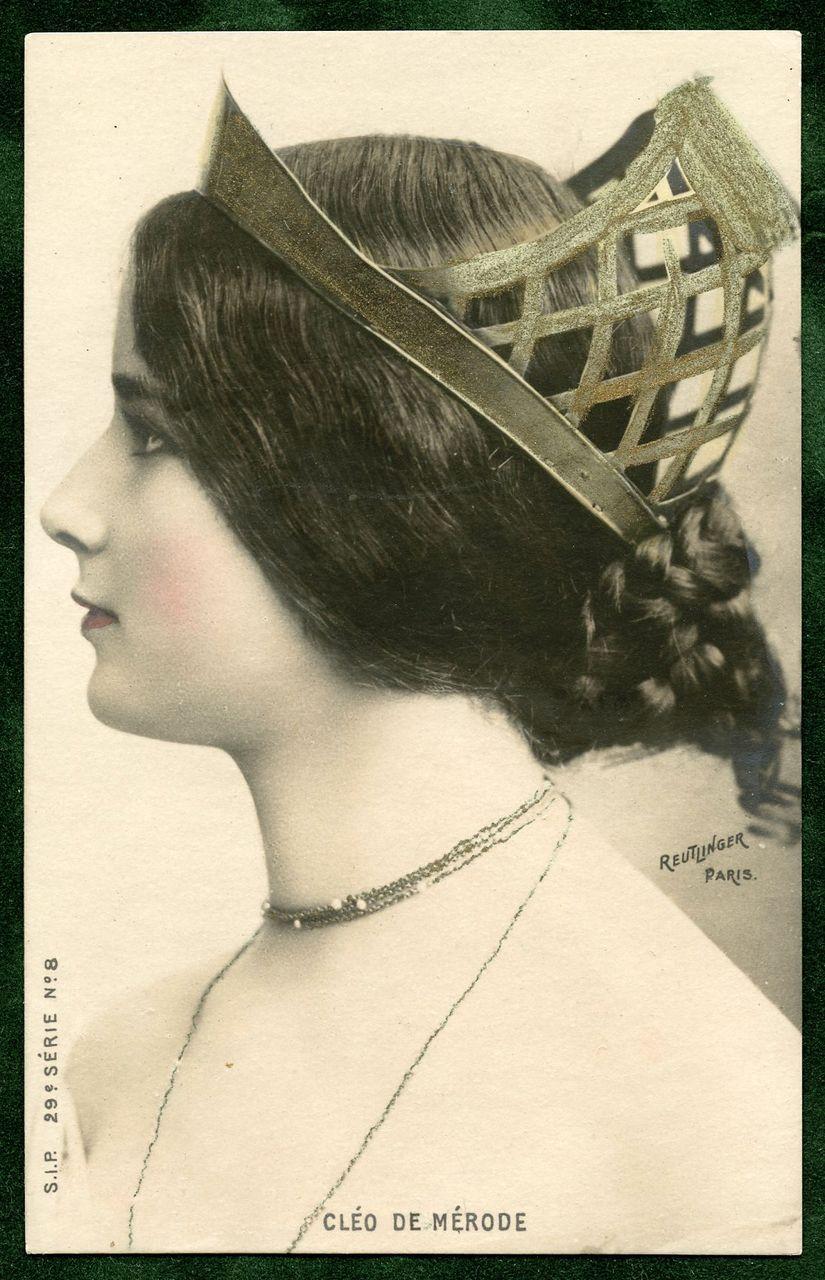 Superlative CLEO de MERODE Reutlinger Unused Antique French Postcard Profile with CROWN