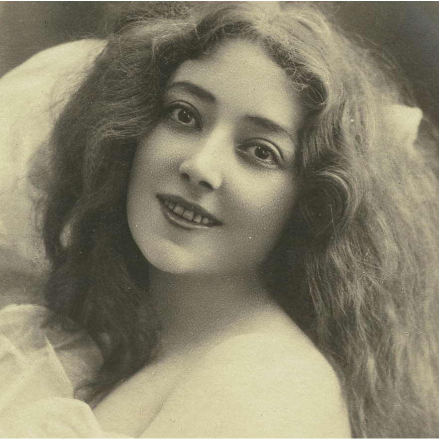 Edwardian Stage Star Anna Held Reutlinger Antique French Photo Postcard