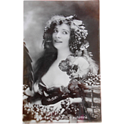 Reutlinger 1907 Real Photo Postcard of French Actress Renée Desprez as Symbol of Grape Harvest