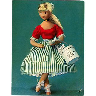 Poupées de Peynet 1962 Oversized Unused Postcard of Doll with Paris Hatbox
