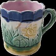 Etruscan Majolica Water Lily Mug