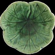 Etruscan Majolica Green Geranium Leaf Butter Pat