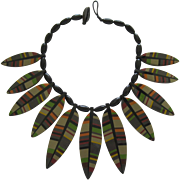 French Designed Colorful Resin Feathered Shaped Necklace