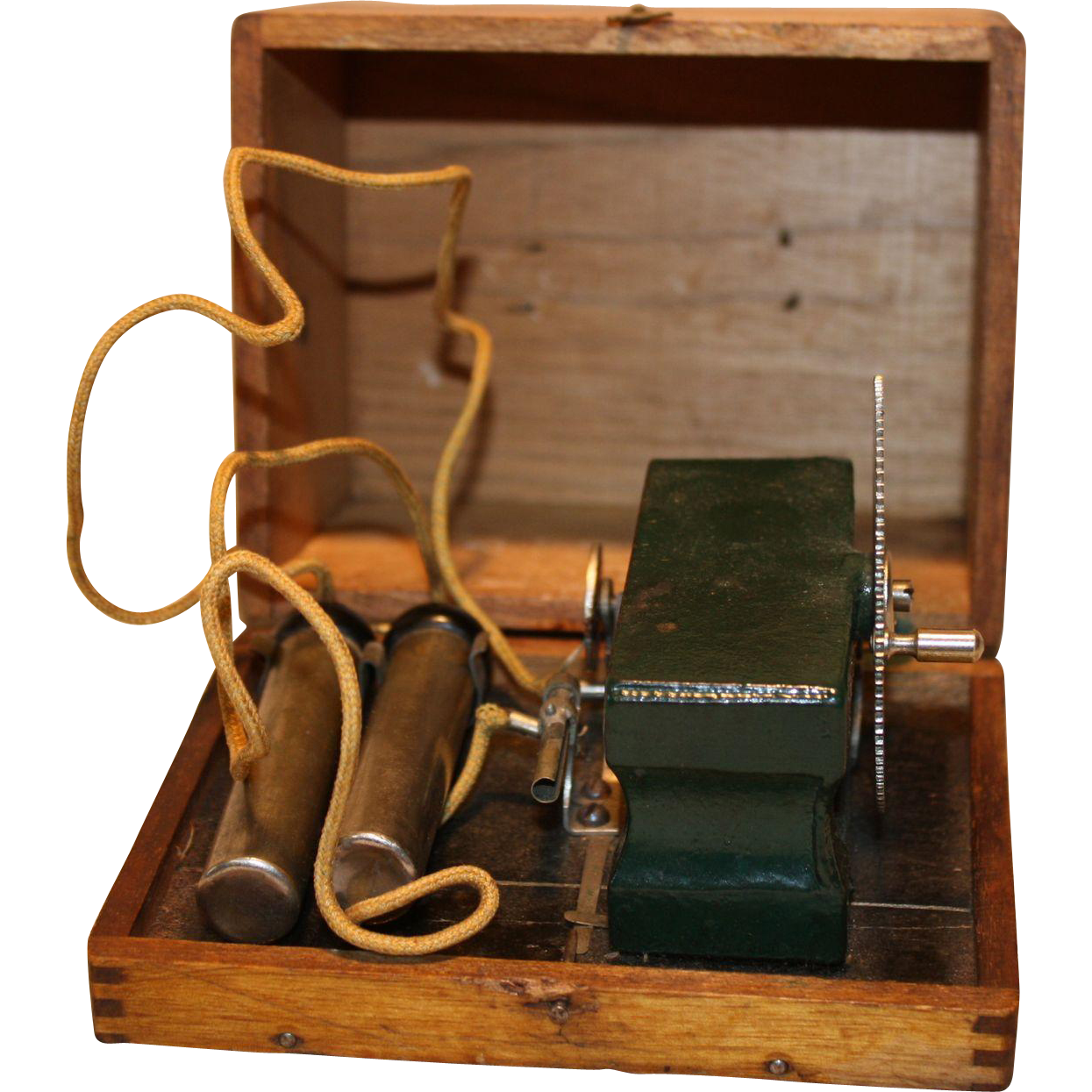Hand Crank Tesla Thriller type Electric Shock Generator 18-1900's