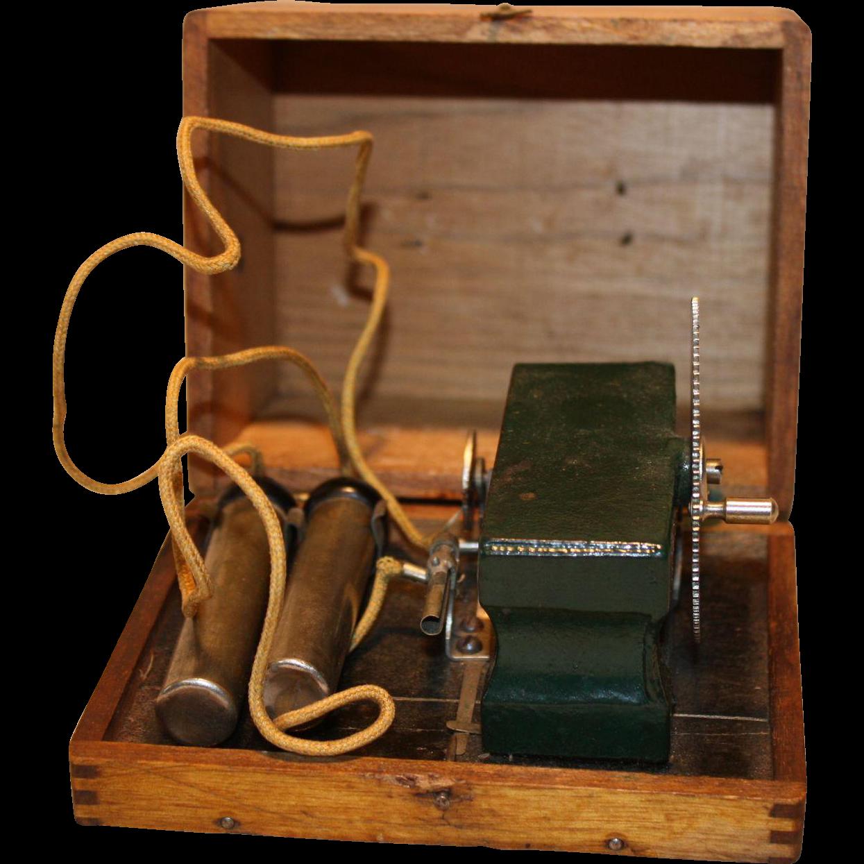 Hand Crank Tesla Thriller type Electric Shock Generator 18-1900's