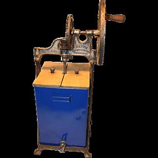 Dazey Butter Churn 4 gal. Model 430B 1917 pat.