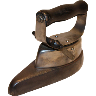 Sleeve Sad Iron or Flounce Iron Early 1900