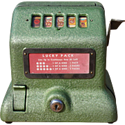 Sanders Lucky Pack 1941 Counter-top Trade Stimulator