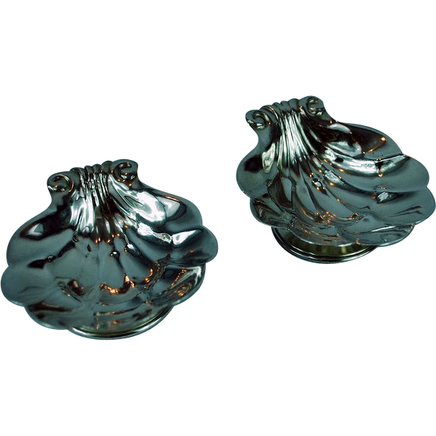 Carl Poul Petersen Montreal Pair of Sterling Silver Shell Shaped Open Salt