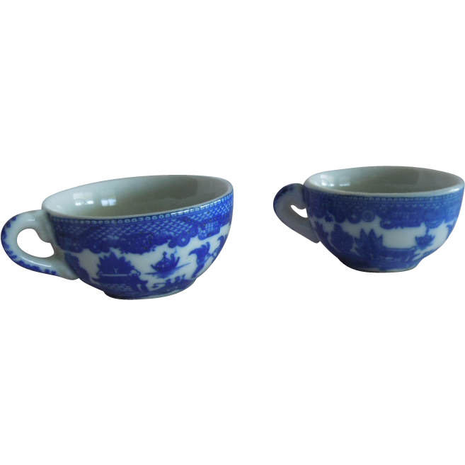 SWEET Two Replacement Tea Cups from a Vintage Blue Willow Play Set