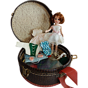 CUTE Basic Richwood Sandra Sue Doll with Carrying Case with Extra Clothing