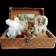 "DELIGHTFUL 7"" Rare Heinrich Handwerck Mold 189 Doll in Sweet Presentation Box"