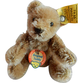 CUTE 1940's -early 50's Steiff Original Teddy with Tags and Button in the Ear