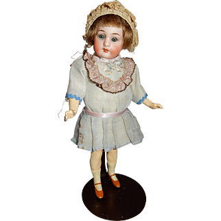 "Sweet 9"" Simon Halbig 1078 Flapper German Bisque Doll"